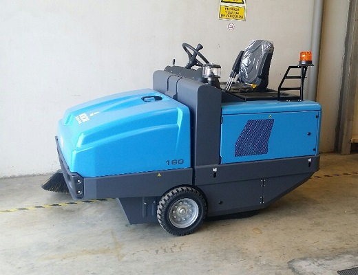 Barredora diesel conductor sentado PB160 DK