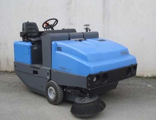 Barredora diesel conductor sentado PB180 DK
