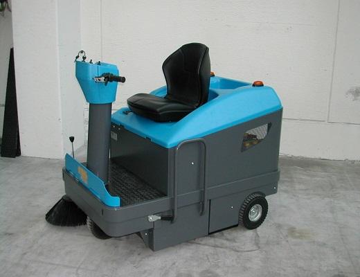 Barredora bateria conductor sentado PB106 E