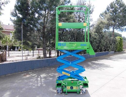 Plataforma Elevadora Semi-Eléctrica 4,5 m.